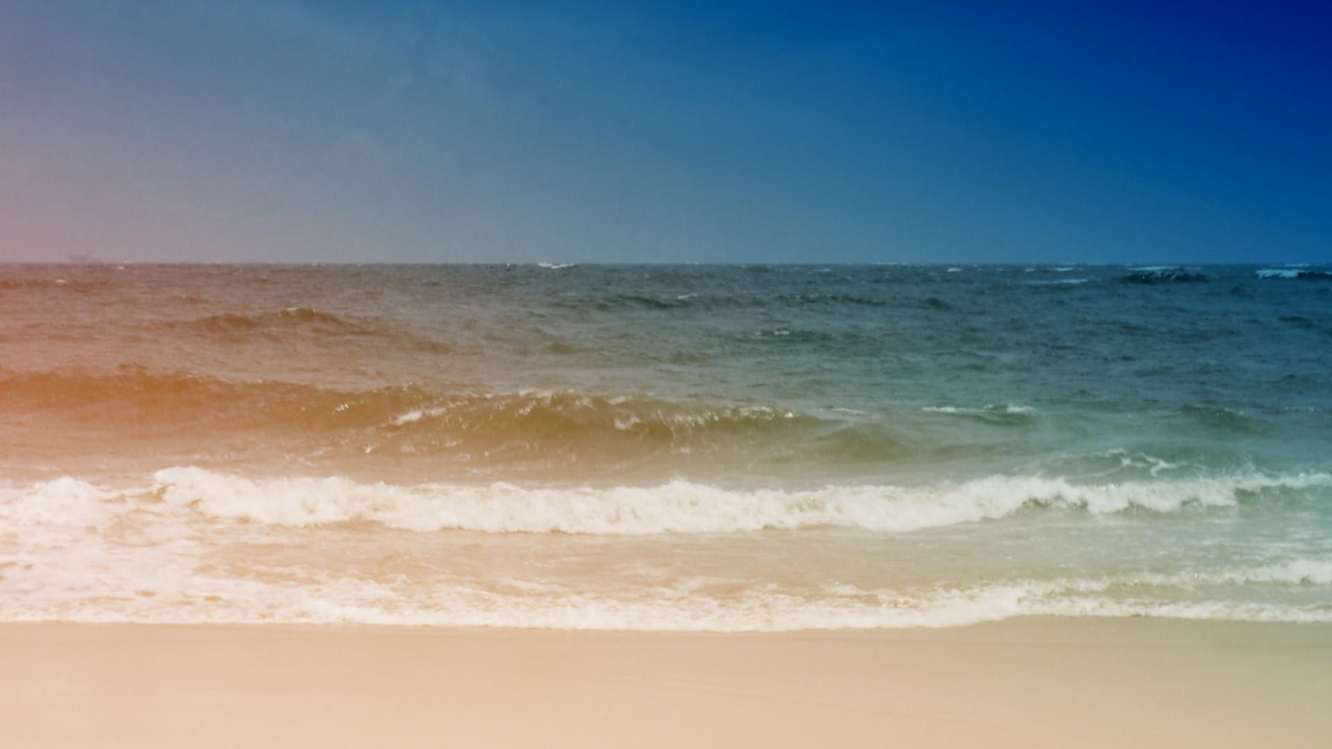 Tides 18 Motion Background
